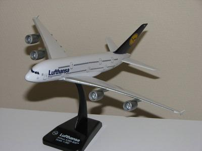 A380 Simple Scale Model