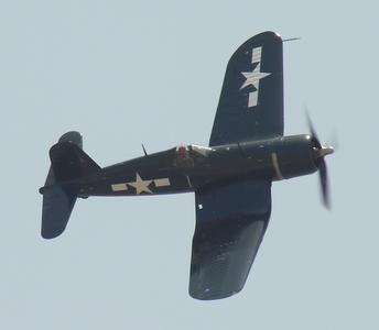 Vought_F4U-1_Corsair_1.jpg